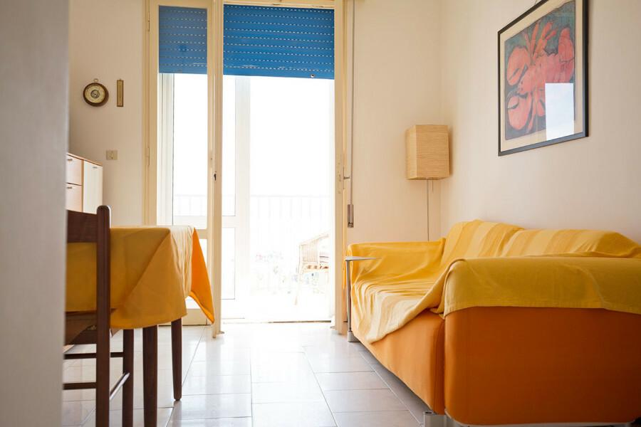 particolare divano letto
