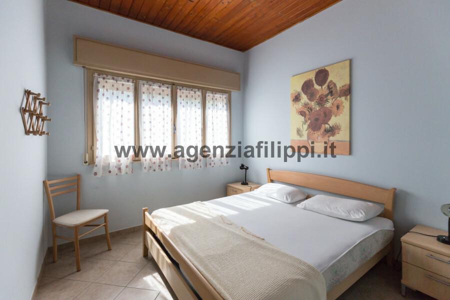 Agenzia in Mediazione Filippi - camera matrimoniale Ville Logonovo