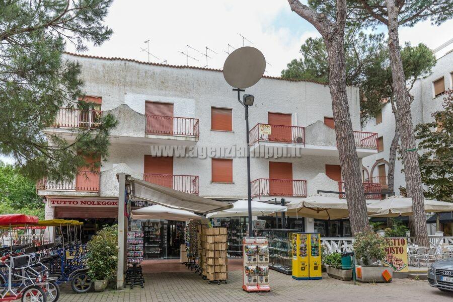 Appartamento Ruben trilo sul Viale Carducci a soli 200 mt dal mare