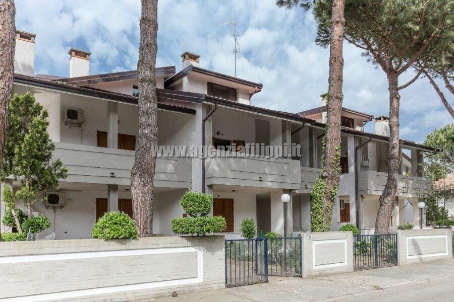 Affittasi al Lido Estensi Villa Maria Teresa