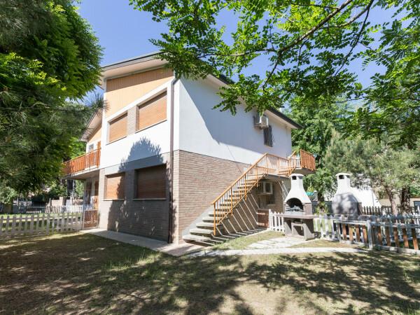 Agenzia Filippi affitta villette in zona pettine a Lido degli Estensi